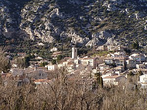 Volx - A general view of the village of Volx