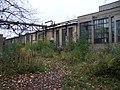 Vysočany, ruiny továrny Praga (04).jpg
