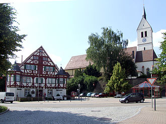 Wäschenbeuren - Church and district office (Amtshaus)Wäschenbeuren