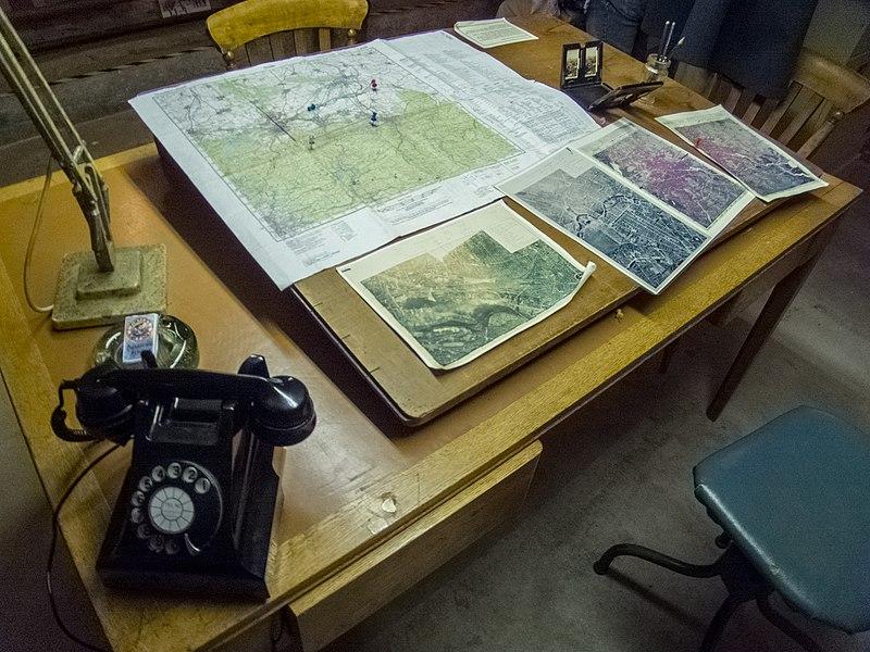 File:WW2 Map making (6930204948).jpg