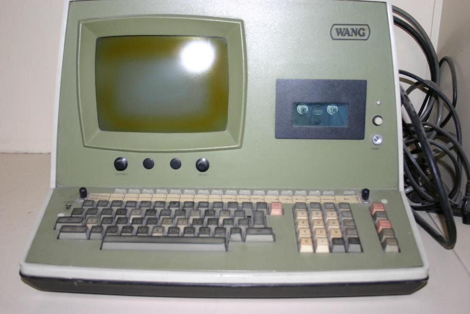 История развития мониторов