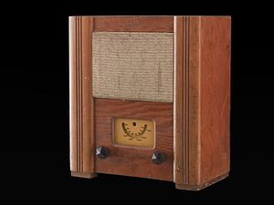 Utility Radio - Wartime civilian receiver, 1944-1945