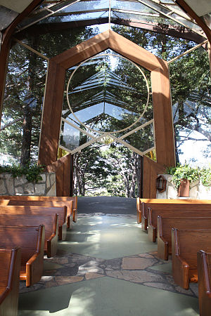 Lloyd Wright - Wayfarers Chapel on the coast at Rancho Palos Verdes, 1951