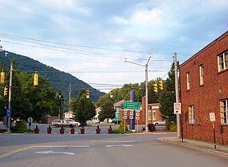 Webster Springs, West Virginia - Image: Webster Springs, West Virginia panoramio