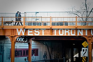 West Toronto Railpath - The railpath where it crosses over Dupont Street