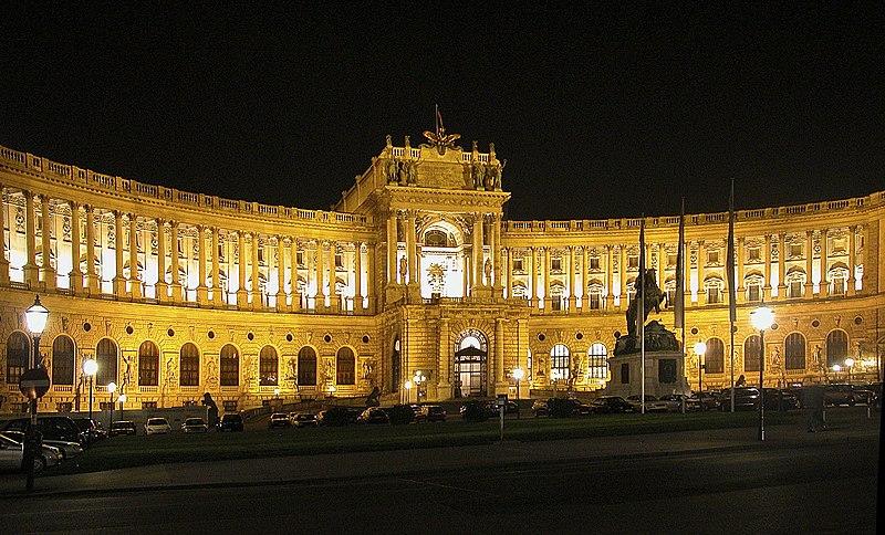 Fichier:Wien Hofburg Nacht.jpg
