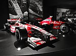 Williams FW20 and FW21 on display from 1998 and 1999.jpg