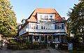 Wohn- und Geschäftshaus Königin-Luise-Str 38.jpg