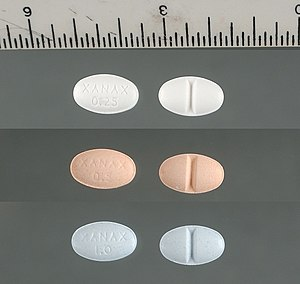 English: Xanax 0.25, 0.5 and 1 mg scored tablets