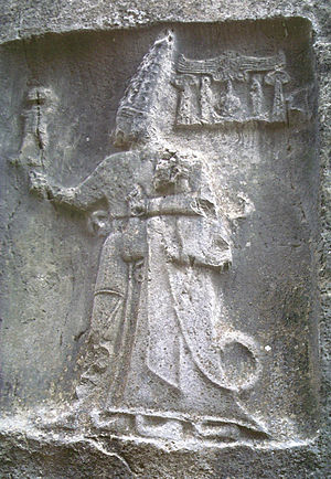 Tudḫaliya IV - Depiction of king Tudhaliya on a relief