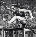 Yves Cros, 4e du championnat d'Europe 1946 à Oslo sur 400 m. haies.jpg
