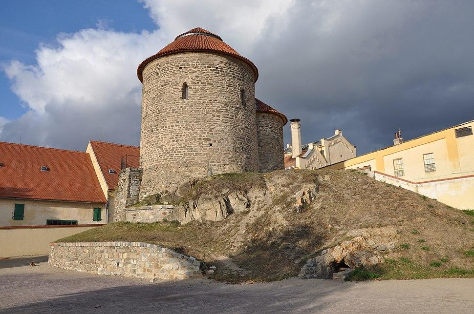 Znojmo-rotunda-svKateřiny2009n