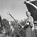 """Podavač"" za snopje, Brlog 1956.jpg"