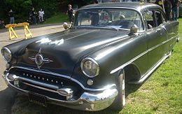 Una Oldsmobile Rocket 88 del 1955