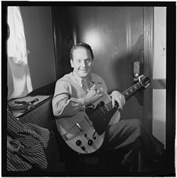 (Portrait of Les Paul, New York, N.Y.(?), ca. Jan. 1947) (LOC) (5105151854).jpg