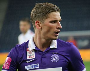 Jens Stryger Larsen - Image: ÖFB Cup Halbfinale FC Salzburg gegen FK Austria Wien 44