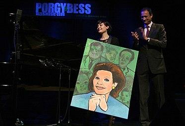 Österreichischer Kabarettpreis 2011 (16) Louise Martini.jpg