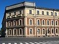 Калинкинский госпиталь, главный корпус.jpg