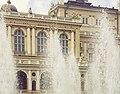 Одеський національний академічний театр опери та балету в фантанах.jpg