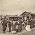 Рынок. Торговля близ павильона 'Готовое платье С. Шустер'.jpg