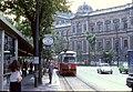 056R18270679 Strassenbahn, Schottenring, Haltestelle Schottentor, Strassenbahn Linie T, Typ E1 4850, Blick auf Universität.jpg