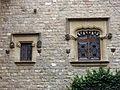 061 Castell de Santa Florentina (Canet de Mar), pati, finestres de la façana oest.JPG