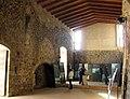 068 Castell de Montsoriu, interior de la sala noble.jpg