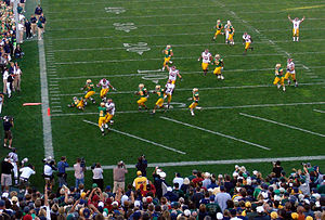 Stanley Havili - Havili hops into the endzone for a touchdown against Notre Dame in 2007.
