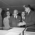 1966 visite de Mr Edgar Faure sénateur du Jura au CNRZ-4-cliche Jean Joseph Weber.jpg