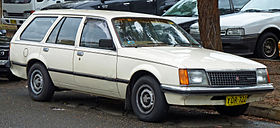 1980-1981 Holden VC Commodore L station wagon 01.jpg