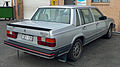 1984-1985 Volvo 760 Turbo sedan 01.jpg