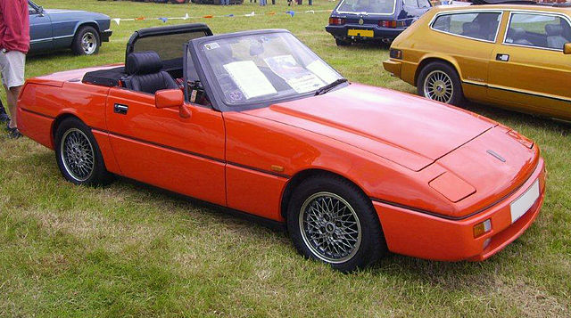 640px-1990_Reliant_Scimitar_SST_1800_Ti.