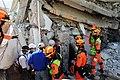 2010년 중앙119구조단 아이티 지진 국제출동100118 중앙은행 수색재개 및 기숙사 수색활동 (210).jpg