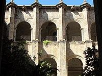 2010-10-25 Yuriria, exconvento y templo (26).JPG