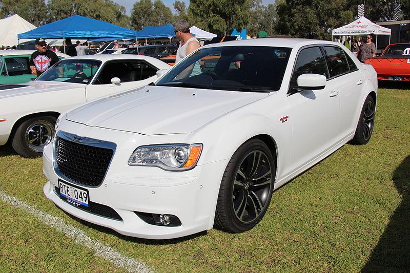 File:2012 Chrysler 300C SRT8 Sedan (13554167745).jpg