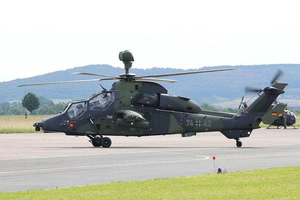 1024px-2016-06-11_161441_Tag_der_Bundeswehr_Eurocopter_Tiger.jpg