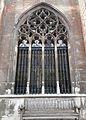 2016-Maastricht, St-Servaasbasiliek, Pandhof, noordelijke kloostergang, raam 4.jpg