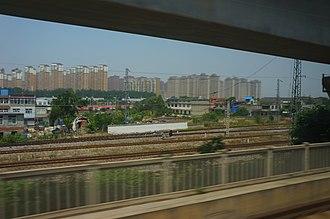 Changfeng County - View of Shuangdunji in Changfeng from the Hefei–Bengbu high-speed railway