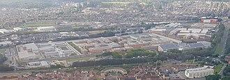 HM Prison Belmarsh - Image: 2017 Thamesmead aerial view 02b