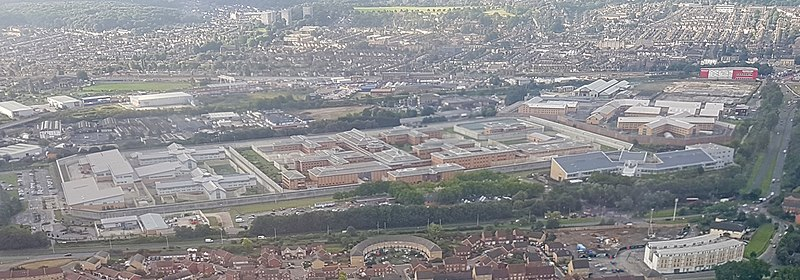 File:2017 Thamesmead aerial view 02b.jpg