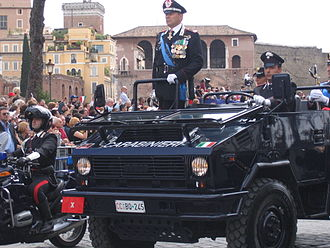"Carabinieri - Senior Carabinieri General in VM 90 during the 2007 ""Republic Day"" parade in Italy."