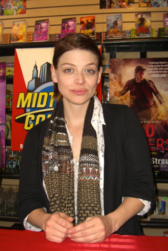 Amber Benson - Benson at Midtown Comics in March 2011