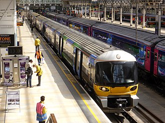 Heathrow Express - Image: 332006 Paddington to Heathrow Airport Terminal 5 1T63 (26647726780)