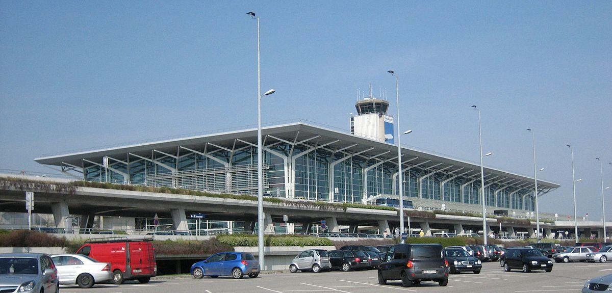 EuroAirport Basel Mulhouse Freiburg Wikipedia - Basel mulhouse freiburg map