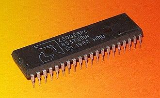 Zilog Z8000 - Image: AMD Z8002APC 1