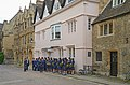A group of Chinese students at Oxford. UK.jpg