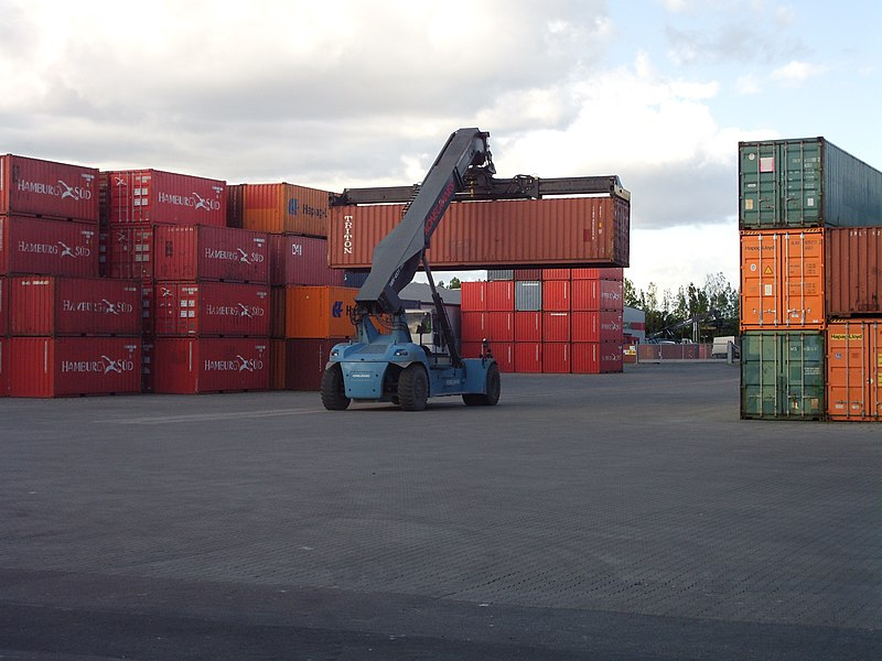 File:Aahus port container terminal.JPG
