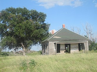 Hartley County, Texas - Image: Abandoned building south of Dalhart, TX IMG 4944