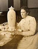Adelaide Robineau working on her scarab vase (cropped).jpg