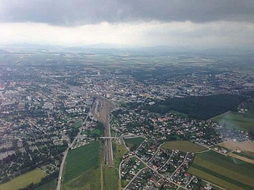 Aerial photograph of St. Pölten (9257367550)